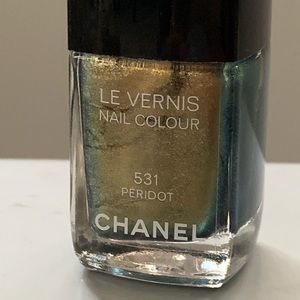 Chanel nail colour polish